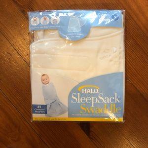 NWT Halo Sleepsack Swaddle Small 3-6m microfleece